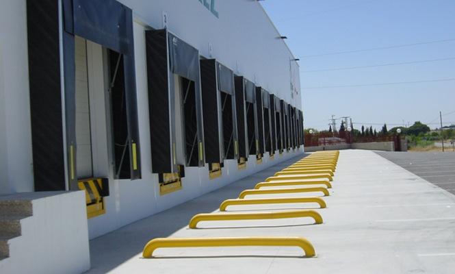 Cómo mejorar el acceso y seguridad en un muelle de carga